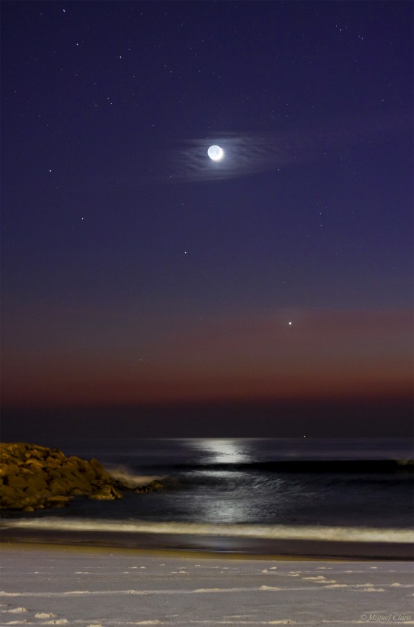 CrescentMoonVenus_Ocean-net