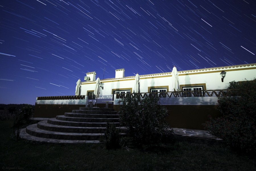 HotelNaveTerra-Startrails-net
