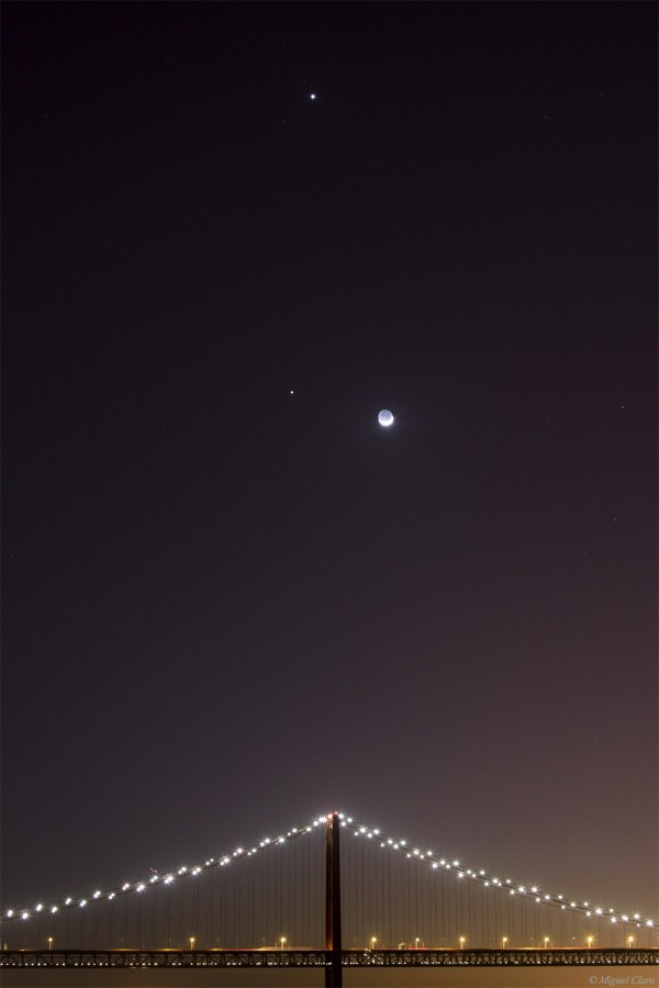 P25Abril-JupiterVenusLuaI-25-03-2012-net