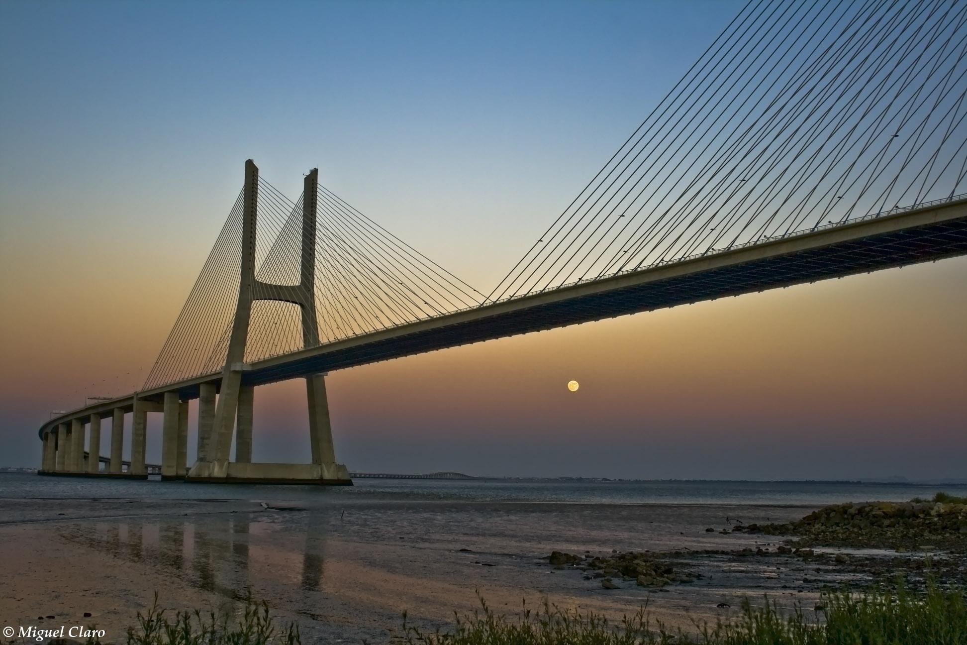 Image Result For Ponte Vasco Da Gama