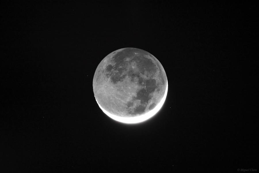 MoonDaVicnciEarthshine-1311-net