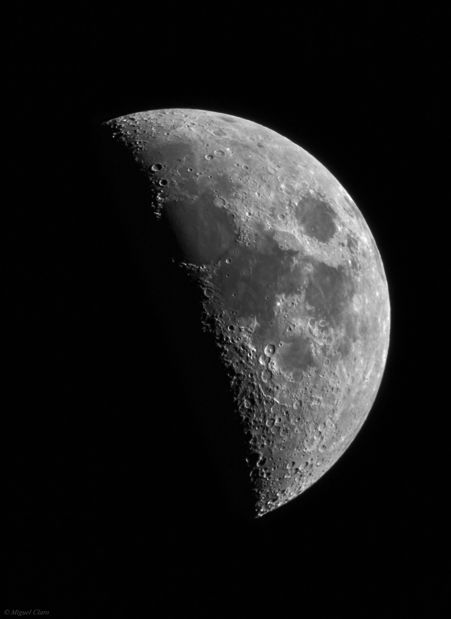 Moon To Moon Moroccan Home: The First Quarter Moon @ Astrophotography By Miguel Claro